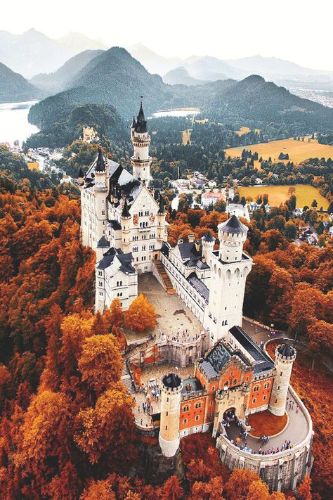 Neuschwanstein Castle (Schloss Neuschwanstein), a c. Romanesque Revival palace above the village of Hohenschwangau near Füssen, southwest Bavaria, Germany. The palace was commissioned by Ludwig II of Bavaria as a retreat and as a homage to Richard Wagner. Places To Travel, Places To See, Travel Destinations, Travel Pics, Travel Trip, Air Travel, Beautiful Castles, Beautiful Places, Places Around The World