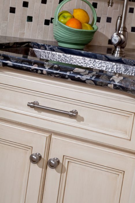 Atlas Homewares Bronte Pull Transitional Style 11 3 8 Inch 288mm
