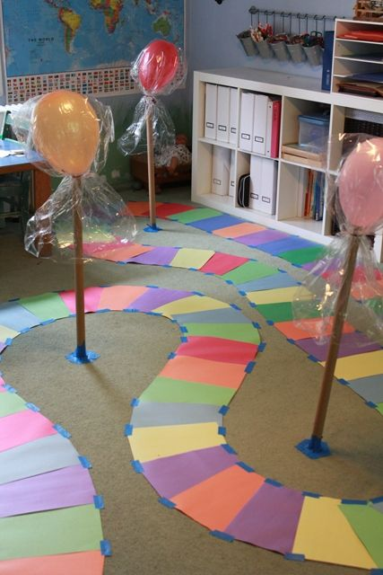 Kid sized Candy Land Game Do outside as garden path for life size game that can just stay. Life Size Games, Candy Land Christmas, Christmas Games, Candy Land Theme, Candy Land Decorations, Lorie, Singing Time, Family Game Night, Activities For Kids