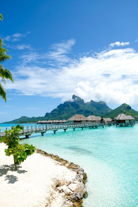 Our Honeymoon Part Bora Bora French Polynesia (+video! Vacation Places, Honeymoon Destinations, Vacation Trips, Dream Vacations, Vacation Spots, Romantic Vacations, Italy Vacation, Romantic Travel, French Polynesia Honeymoon