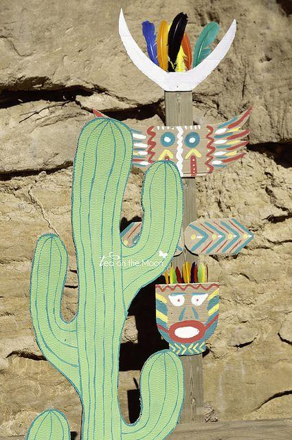 Cumpleaños indios cactus y totem by Tea on the moon ♥ begoña ♥, via Flickr