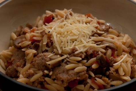 Chorizo ​​And Feta Orzo Salad