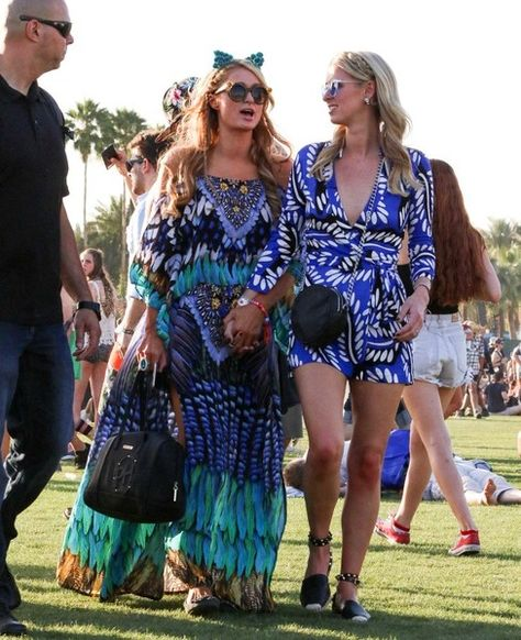 Wearing Bohemian Prints With Sister Nicky - Paris Hilton's Most Daring Festival Fashion Moments - Photos