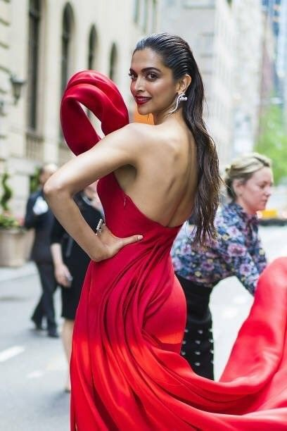 Follow Me Nimisha Neha Most Beautiful Bollywood Actress Bollywood Celebrities Deepika Padukone Latest