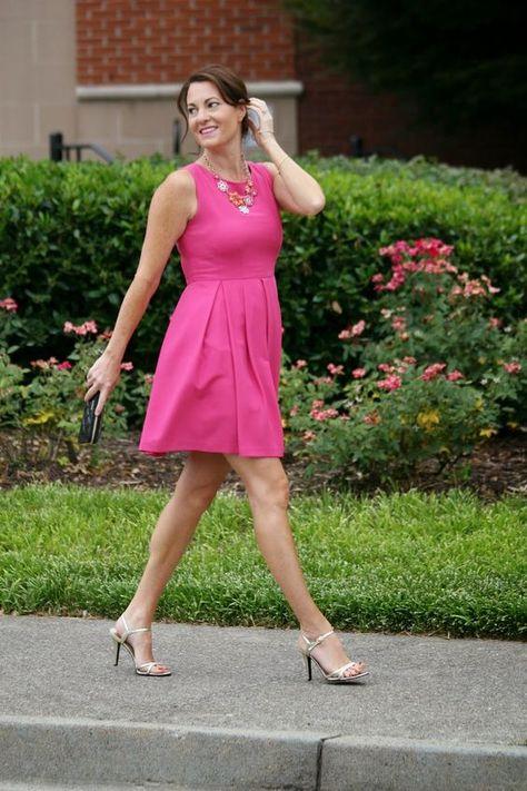 Rosa kleid kombinieren schuhe