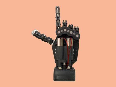 A Clever and Simple Robot Hand
