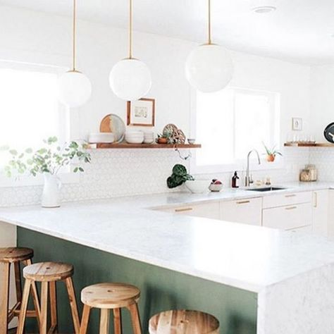Minimalist Kitchen - 10 Decor Lessons From Our Most Liked Instagrams - Photos