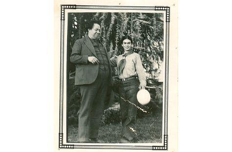 Un tesoro oculto en la Casa Azul. Frida Kahlo y León Trotsky | FronteraD http://www.fronterad.com/?q=tesoro-oculto-en-casa-azul-frida-kahlo-y-leon-trotsky&page=&pagina=1