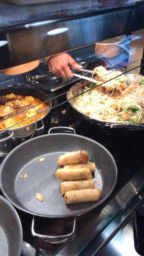 Food Vids, Feel Good Food, Food Snapchat, Thai Chicken, Thai Recipes, Foodie Travel, Diy Food, Junk Food, Street Food