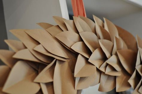 Toast & Laurel kraft paper wreath tutorial
