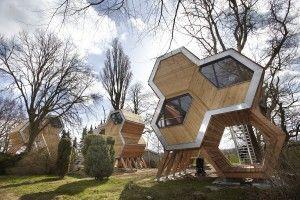 Baumhausdorf In Beckerwitz Foto Thomas Mandt Modern Tree House Eco Architecture Tree House Designs