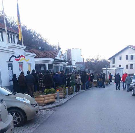 Visa am laufenden Band Deutsche Botschaft in Skopje