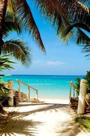 Mayan Princess Resort Roatan Honduras
