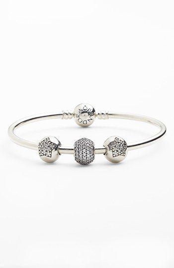 Bracelet Jonc Pandora Avec Charms   Pandora bracelet designs ...