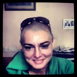 State of Mind Interviews Sinead O'Connor : I felt as though on the other side of the screen I was talking to someone authentic, who isn't ashamed to share her own fragilities and is extremely precise when describing her own journey towards healing.