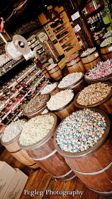The Savannah Candy Kitchen On River Street Savannah Ga Savannah Chat Travel Savannah Savannah Ga