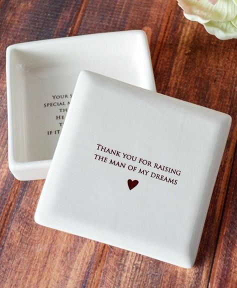 Wedding Gifts For Parrents Unique Mother of the Groom Gift or Birthday Gift - SHIPS FAST - Thank you for raising the man of my dreams - Square Keepsake Box - With Gift Box