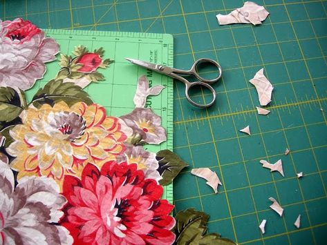 Broderie perse: Quilters have re-discovered fussy cutting as a way to applique English rose prints and more. Photo posted at Threadbender's Quilt Shop