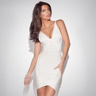 vita festklänningar online
