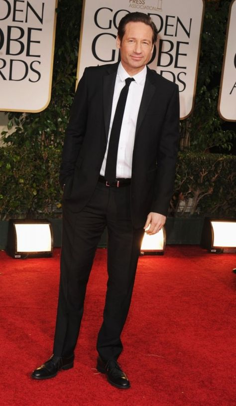 David Duchovny wearing Burberry tailoring to the 2012 Golden Globe Awards