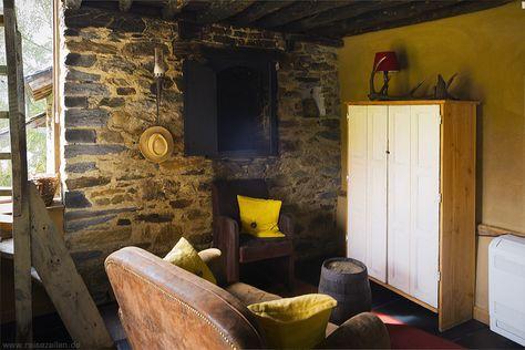 Altes Backhaus von innen Der ehemaliger Backofen ist als Kamin - design klassiker ferienwohnungen weimar