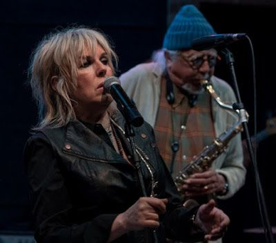 708e1f3adb9fc6017832273d70d03ef6 - Charles Lloyd And The Marvels Lucinda Williams Vanished Gardens