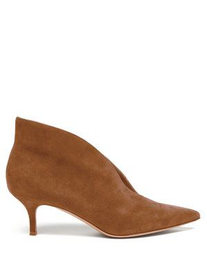 Vania 55 Suede Ankle Boots Gianvito Rossi Matchesfashion Com With Images