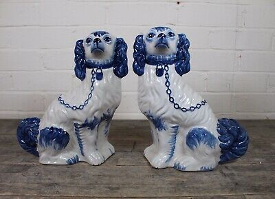 Pair Of Vintage Blue White Hand Painted Ceramic Staffordshire Dogs Ebay In 2020 Staffordshire Dog Hand Painted Ceramics Ceramic Painting