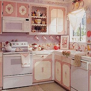 I Love This Old Fashioned June Cleaver Kitchen Even If It Is Pink