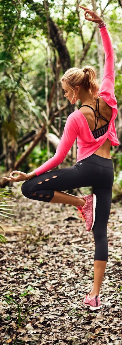 Stay connected with your fitness since it makes you super gorgeous. #FitnessFashion  #HealthyRevenge