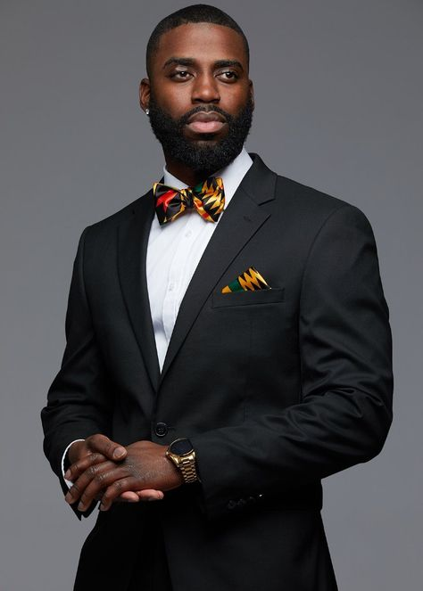 Halif Men's African Print Satin Bow Tie and Pocket Square Set (Black/Yellow Kente) - Women's style: Patterns of sustainability African Clothing For Men, African Men Fashion, African Men Style, Clothing Styles For Men, Pocket Square Styles, Tie And Pocket Square, Mens Pocket Squares, Men Photoshoot, Male Poses