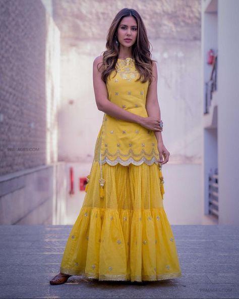 Sonampreet Bajwa Latest beautiful photos in HD Quality (1080p) (51094)  #sonampreetbajwa #actress #model #bollywood #tollywood #kollywood #photoshoot