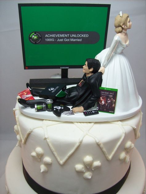 Wedding Cakes Discover Video Game Achievement Unlocked Engagement Marry Funny Wedding Cake Topper Gamer Junkie Gaming Interracial Bride & Groom Tan Hispanic X Really Funny Memes, Stupid Funny Memes, Funny Relatable Memes, Haha Funny, Funny Golf, Hilarious, Funny Wedding Cake Toppers, Gamer Wedding Cake, Star Wars Wedding Cake