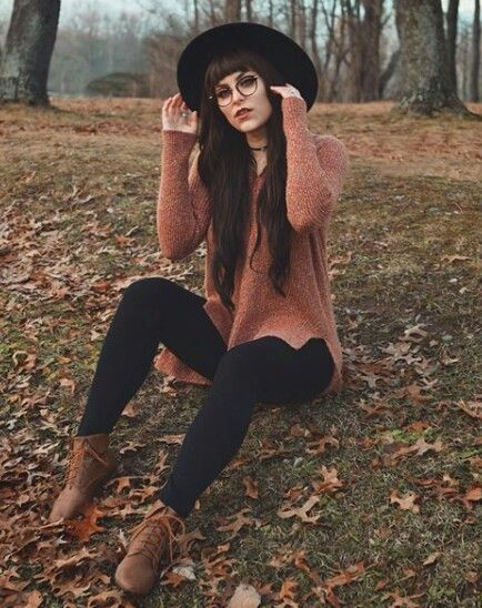 Best Outfit Styles For Women - Fashion Trends Witch Fashion, Look Fashion, Womens Fashion, Cheap Fashion, Edgy Summer Fashion, Plaid Fashion, Winter Fashion Outfits, Fall Fashion Trends, 70s Fashion