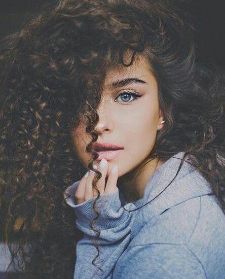 Character Ally Tyrhea Selva Curly Girl Hairstyles Curly Hair Styles Brown Hair Blue Eyes