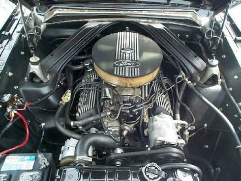 1964_Ford_Falcon_Futura_Sprint_Coupe_Engine_1.jpg (480×360)