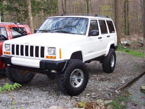 The White Xj Club Jeep 009 Jpg Jeep Cherokee Jeep Xj Jeep