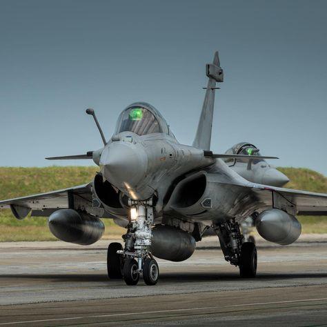 airplane Dassault Rafale M's, on The...