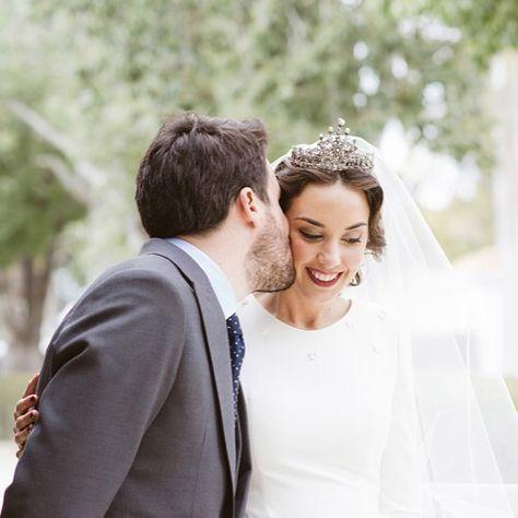En #queridavalentina.com la preciosa boda de Lorena y Juan con imágenes de @molinayroyofotografas