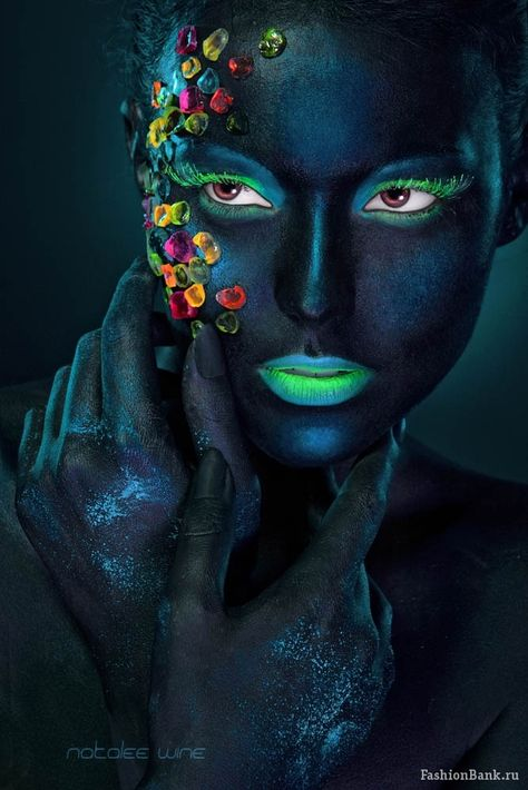 page on halloween make up, mr kate. by FashionBank.ru. ... #woman #female glowing eyes and lips, #portrait