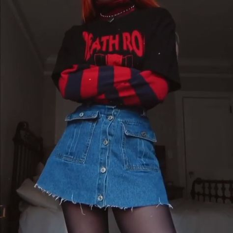 E-Girl Outfit Style, Grunge Clothes