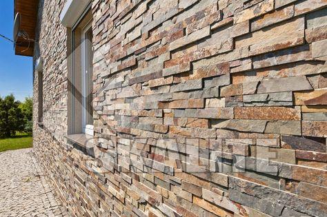 """Elewacja z paneli dekoracyjnych """"Skalite Malachit"""". Naturalne panele kamienne Skalite, to najwyższej jakości produkty, których nie znajdziesz nigdzie indziej. Z paneli można wykonać projekty takie jak: Kominki, ścianki ozdobne, barek, ścianka za telewizor, elewacje. Można je stosować wewnątrz i na zewnątrz. Jako dodatek dop projektu łazienki czy kuchni, lub wykonać całą ściankę lub brodzik. Możliwości są nieograniczone. Aranżacje na naszej stroni powinny pomóc w Państwa projektach."""