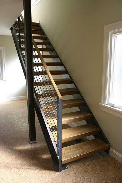 Escalera Recta Con Estructura De Acero Y Peldanos De Madera Escaleras De Madera Diseno De Escalera Escalera Madera Y Hierro