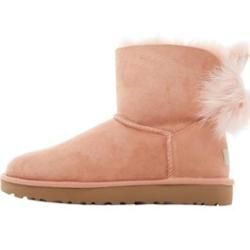 Reduced Women 39 S Boots Boots Casualshoeswithjeans Reduced Women39s In 2020 Uggs Womens Boots Womens Uggs
