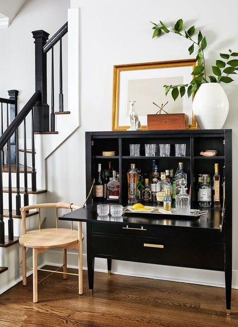 Design Furniture, Vintage Furniture, Living Room Decor, Living Spaces, Dining Room, Up House, Interior Decorating, Interior Design, Eclectic Design