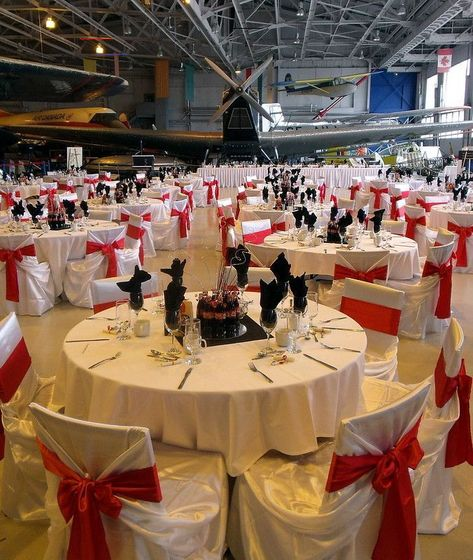 Best Free Black and white wedding decorations receptions classy  Suggestions  Get wedding decor produced easy Whenever you manage a wedding , you have to look closely at the Budg #Black #Classy #decorations #Free #Receptions #Suggestions #wedding #White<br>