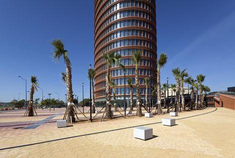 Aco Drainage At Sevilla Tower Wallpaper Entwasserung Landschaftsbau Und Bau