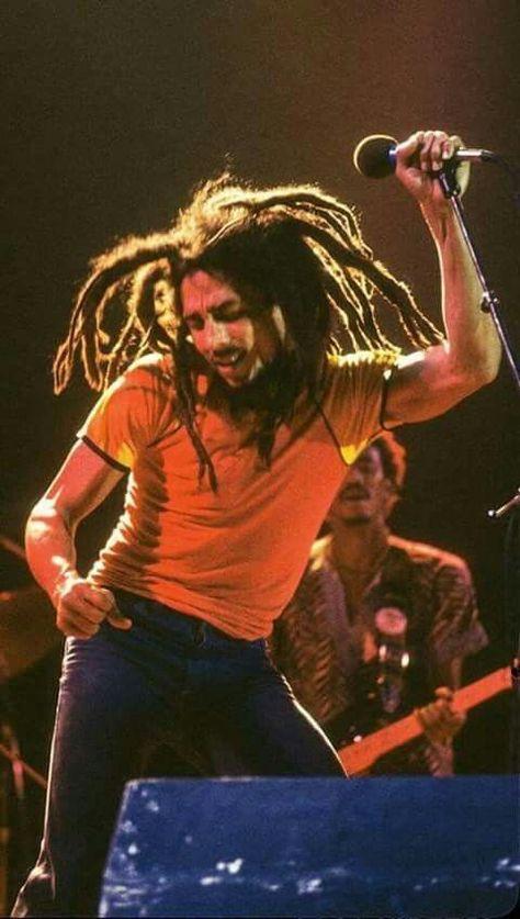 No one but Bob Marley. Arte Bob Marley, Bob Marley Legend, Reggae Bob Marley, Bob Marley Citation, Bob Marley Quotes, Reggae Rasta, Reggae Music, Rasta Music, Rasta Man