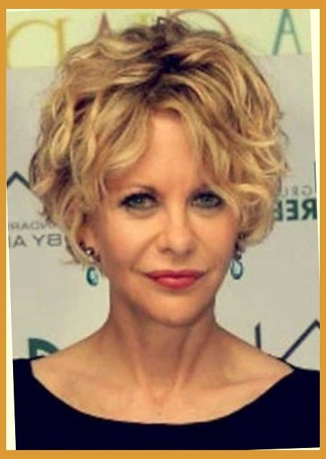 Stylish And Attractive Meg Ryan Short Curly Hair Curly Hair Styles Hair Styles Short Hair Styles
