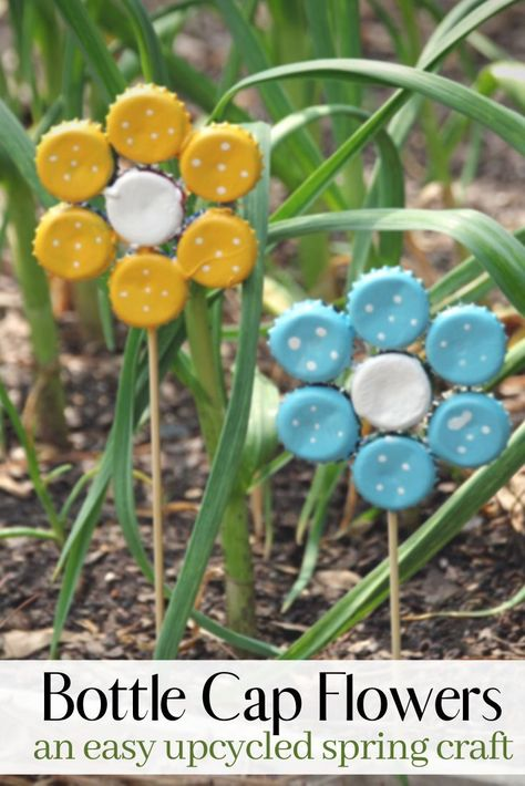 Crafts with bottle caps - 20 great recycling ideas for everyone .-Basteln mit Kronkorken – 20 tolle Recycling-Ideen für alle Altersgruppen Crafts with bottle caps – 20 great recycling ideas for all ages groups caps - Upcycled Crafts, Diy Crafts, Recycled Garden Crafts, Plant Crafts, Diy Garden Decor, Garden Art, Garden Ideas, Garden Decorations, Kids Garden Crafts